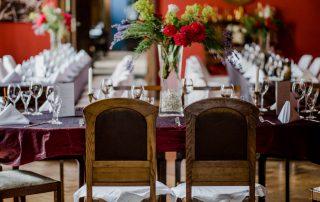 Hochzeit Location Mecklenburg Vorpommern im Gutshaus Ehmkendorf - rote Salon