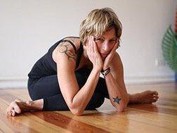 Vinyasa Yoga Wochenende mit Nuschi im Gutshaus Ehmkendorf